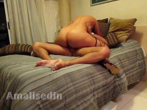Amalisedin do SexLog bunduda cavalgando na pica