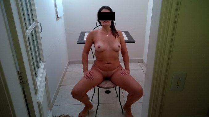 Fotos-amadoras-da-Raquel-Exibida-pelada-3