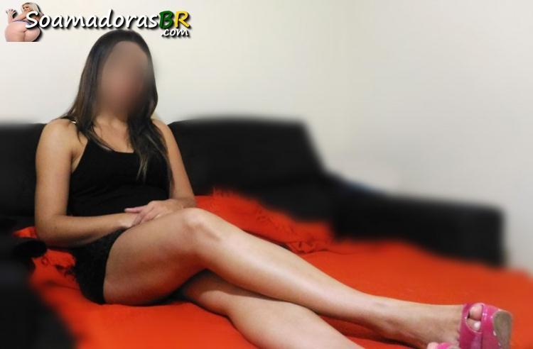 Esposa-gostosa-de-lingerie-e-peladinha-amadora-5