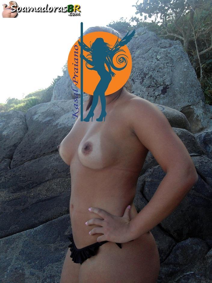 Fotos-da-esposa-gostosa-pelada-em-praias-12