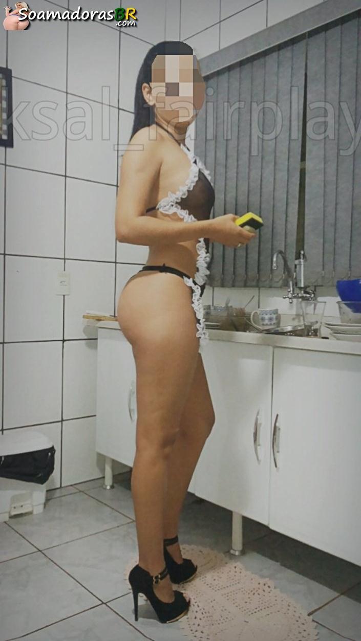 Fotos-amadoras-da-esposa-magrinha-pelada-1