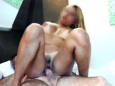 Loirinha casada ninfeta em fotos de sexo