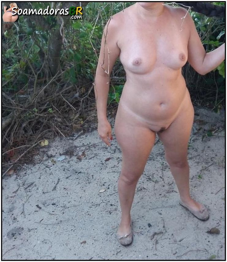 Esposa-de-corno-gostosona-pelada-2