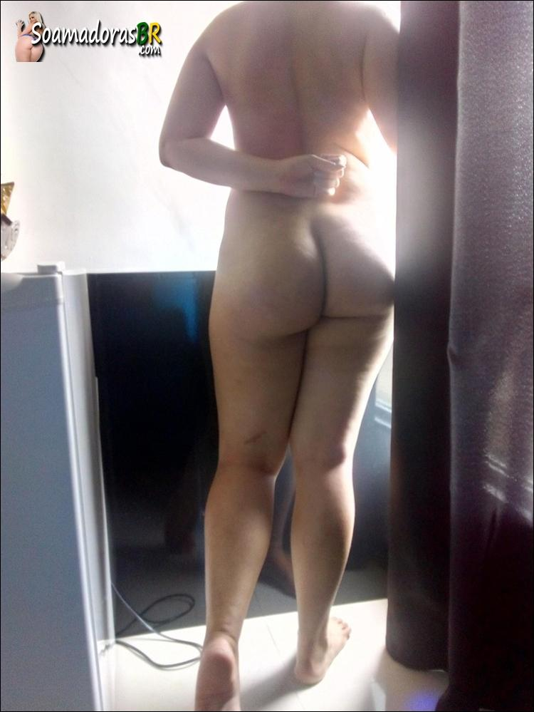 Esposa-sendo-arrombada-pelo-negro-dotado-9