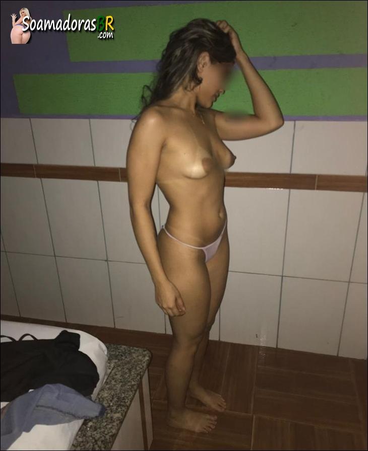 Fotos-da-esposa-moreninha-novinha-peladinha-3