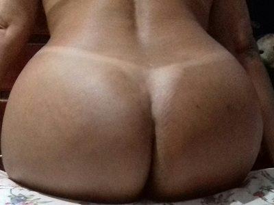 Fotos da esposa rabuda mostrando seu bronzeado