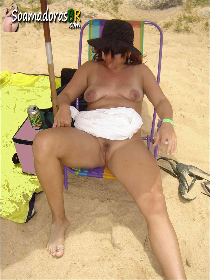 Coroa-gostosa-pelada-na-praia-2