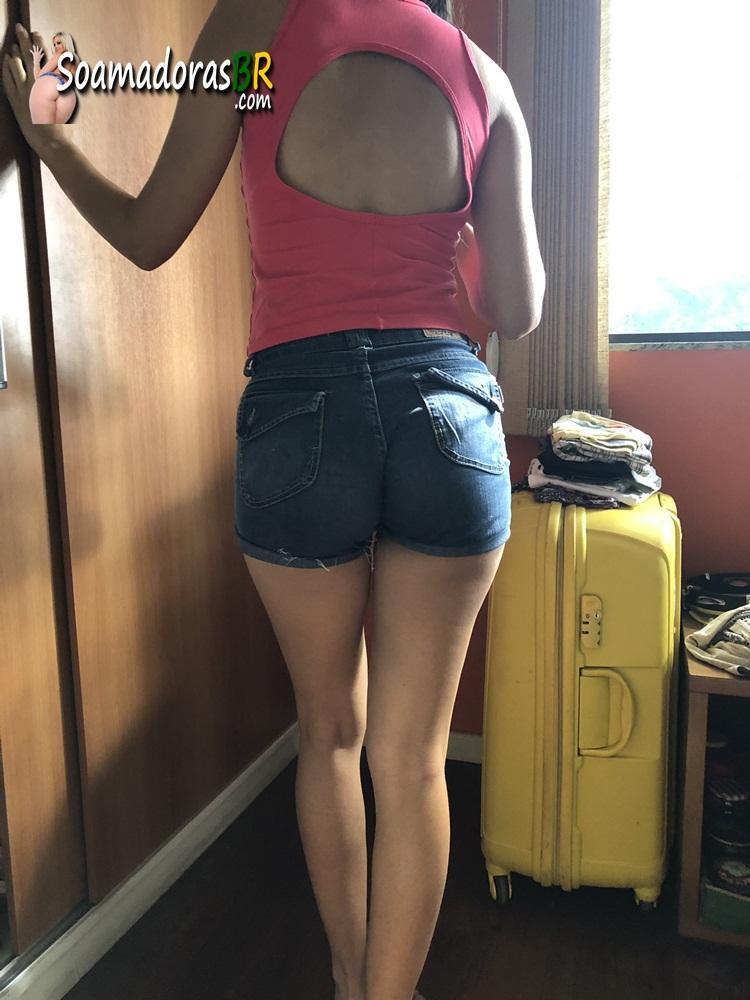 Esposa-moreninha-magrinha-peladinha-3