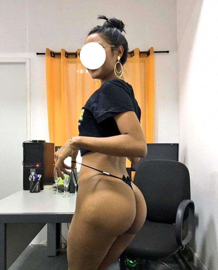 Moreninha-magrinha-vazou-peladinha-3