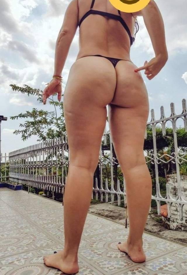 Branquinha-rabuda-curte-mulheres-10
