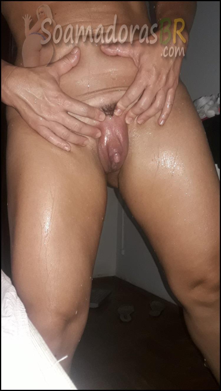 Buceta-gostosa-da-esposa-sarada-7