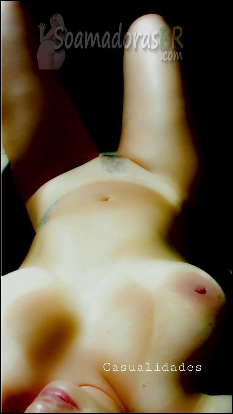 Loira-bronzeada-sexy-curte-mulher-13