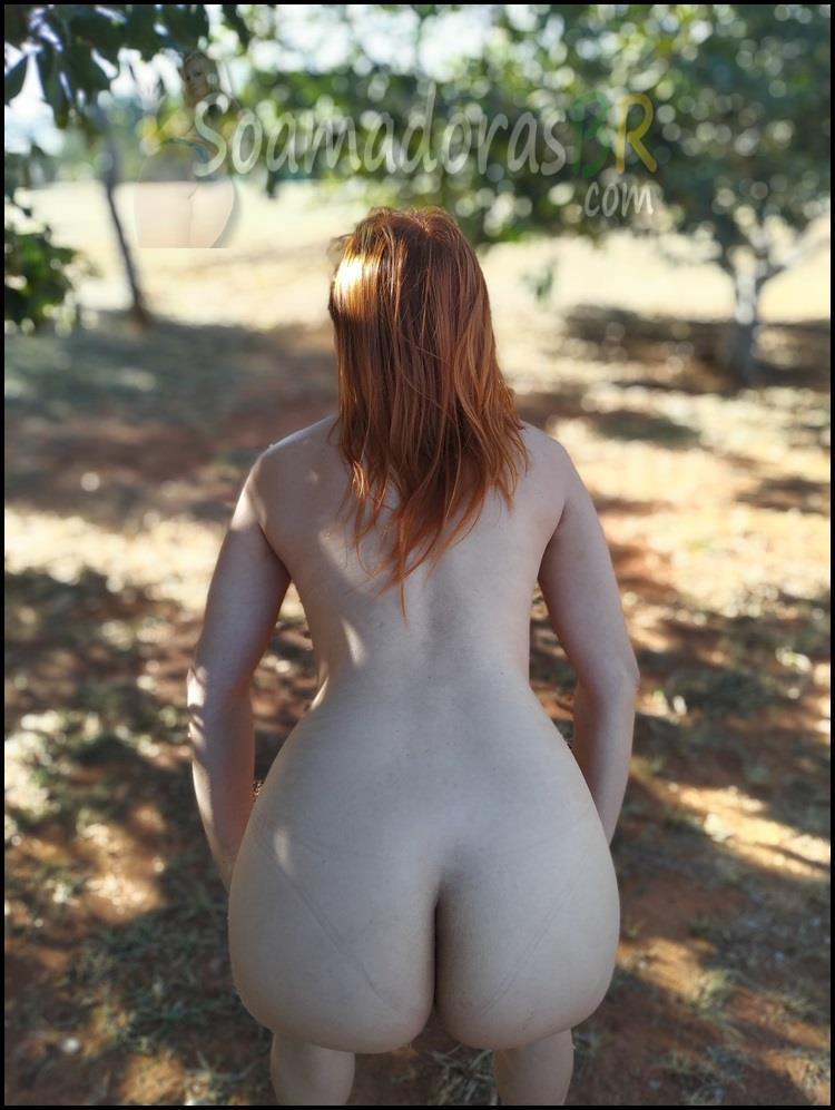 Ruiva-novinha-casada-exibicionista-2