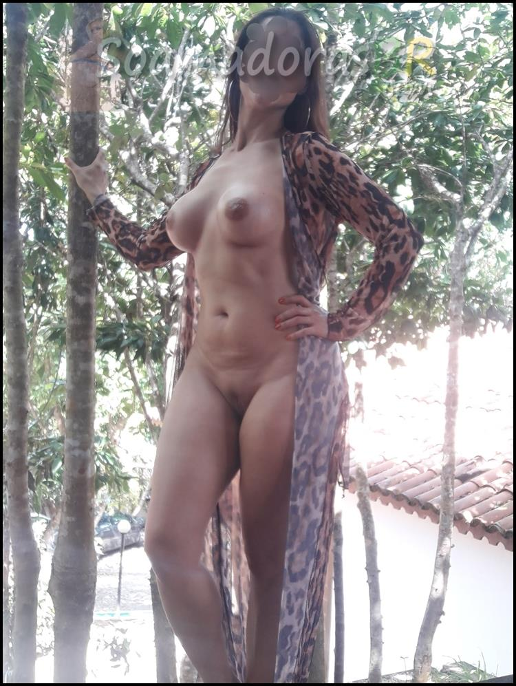 Esposa-sensual-deliciosa-em-fotos-amadoras-10