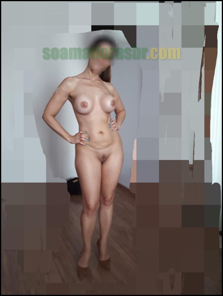 Esposa-amadora-em-fotos-peladas-sensuais-6
